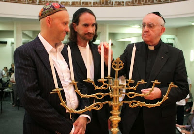 bergoglio-hanukkah-december-2012